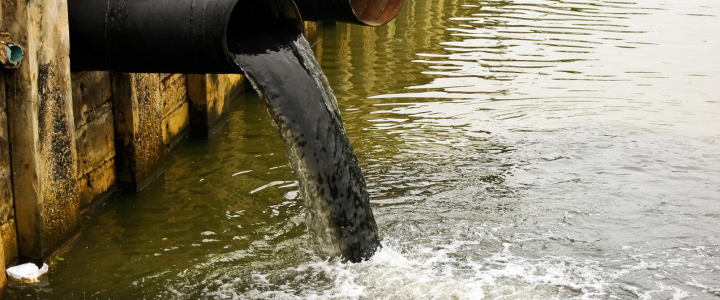 ۷ آلودگی مهم در آب